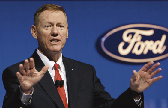 Alan Mulally CEO de Ford